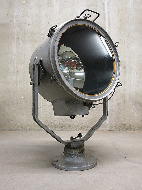 Bar Met Verlichting Vintage Spot Lamp Industrieel Design, Industrial Vintage
