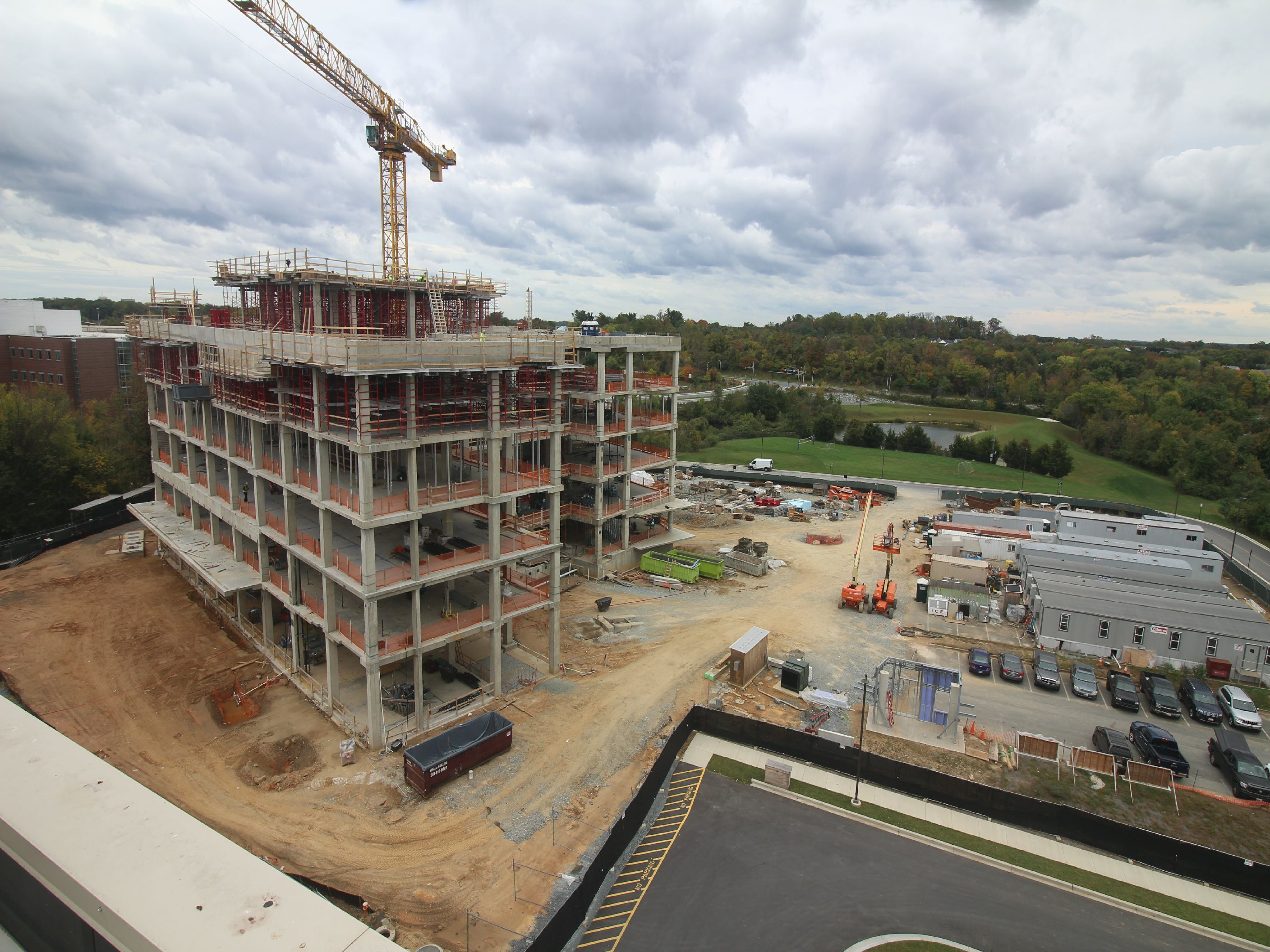 Construction Engineering Building And Universities At Shady Grove S Biomedical Sciences Center Building