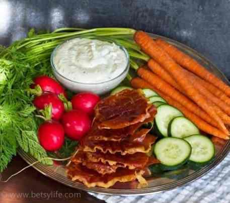 prosciutto-chips-appetizer-platter
