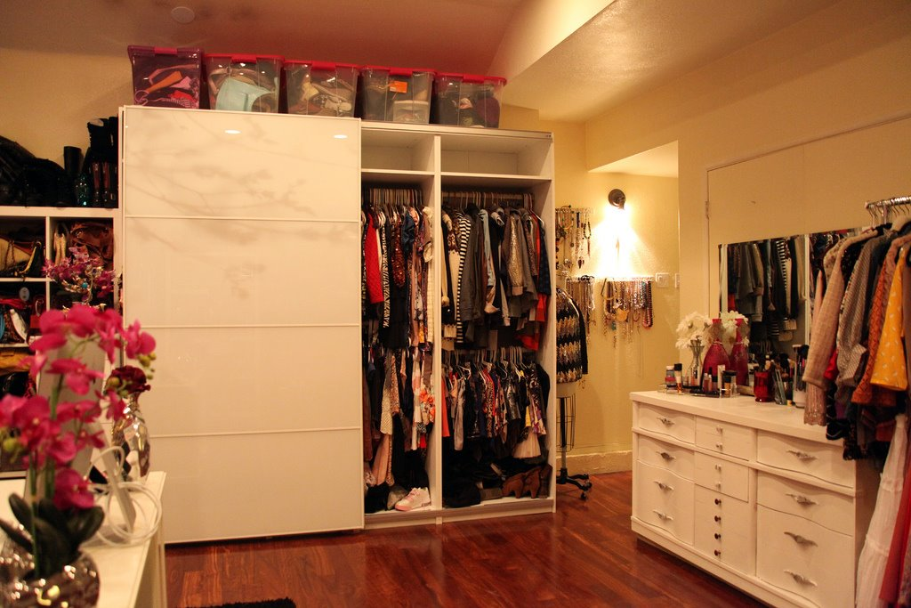 Clothing Storage Ideas For Small Bedrooms A Dream Girl's Closet And Office In One