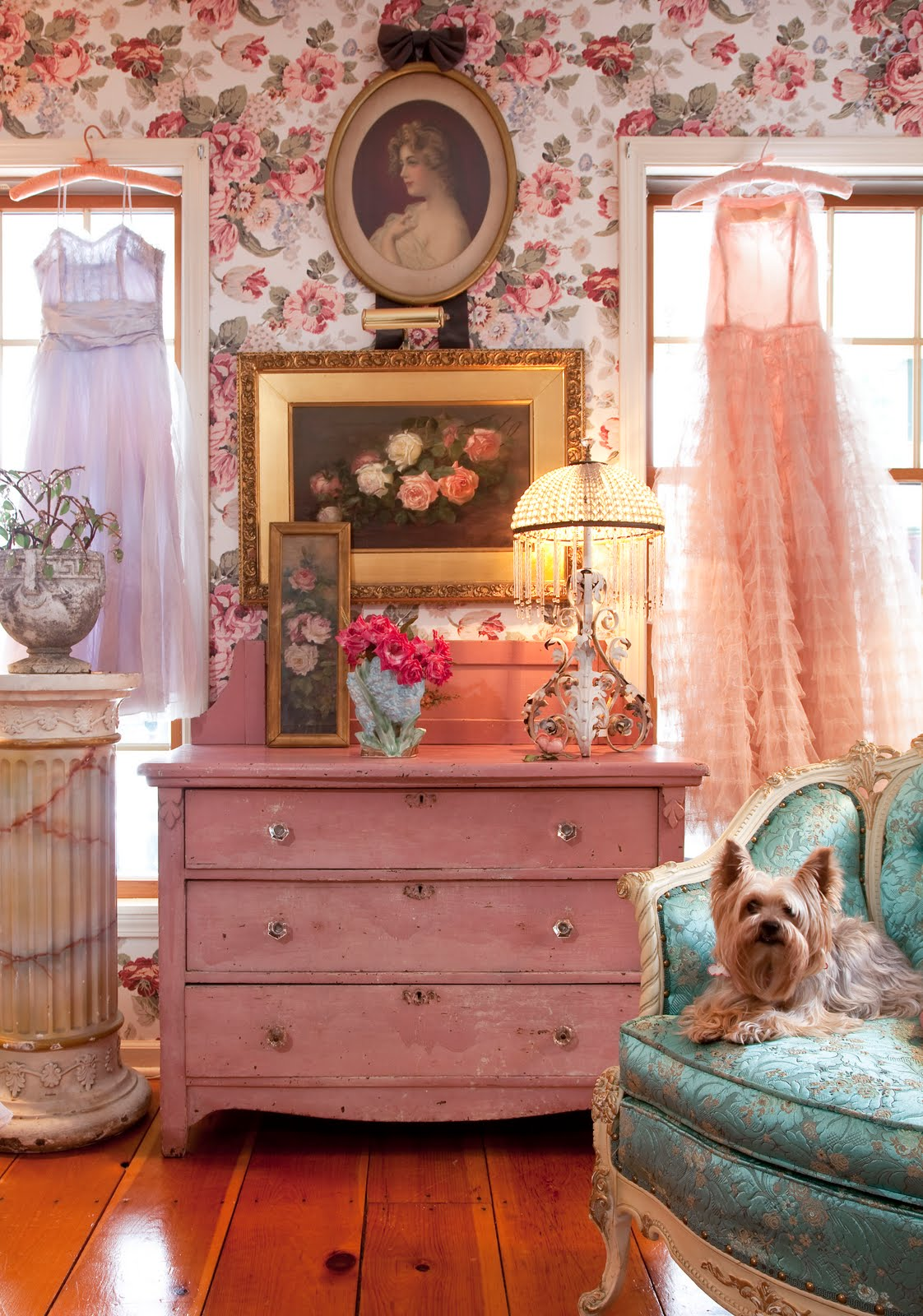 Vintage Chic Home Decor Pin Up Decor Blast From The Past With 13 Pretty Spaces