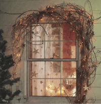 9 Easy Ways To Dress Up Your Windows This Christmas ...