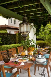 7 Patio Must-Haves for Summer Entertaining ...