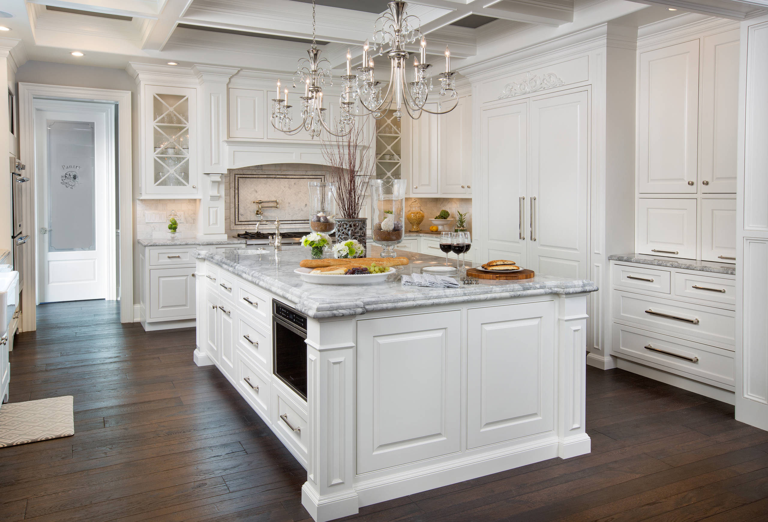 What Color Countertops Go With White Cabinets 7 Steps To Decorating Your Dream Kitchen Make Sure To
