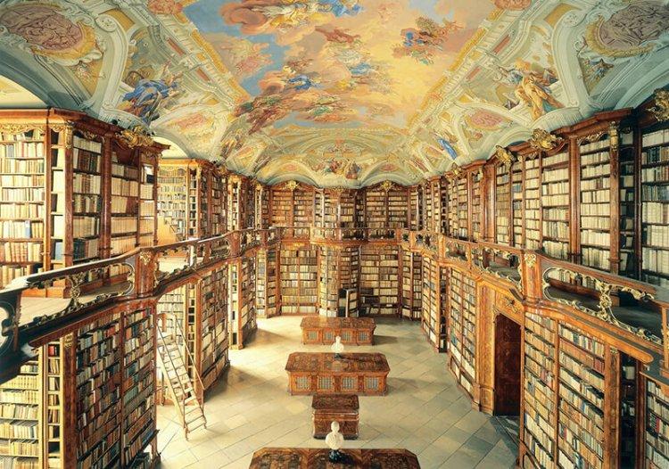 奧地利阿德蒙特圖書館