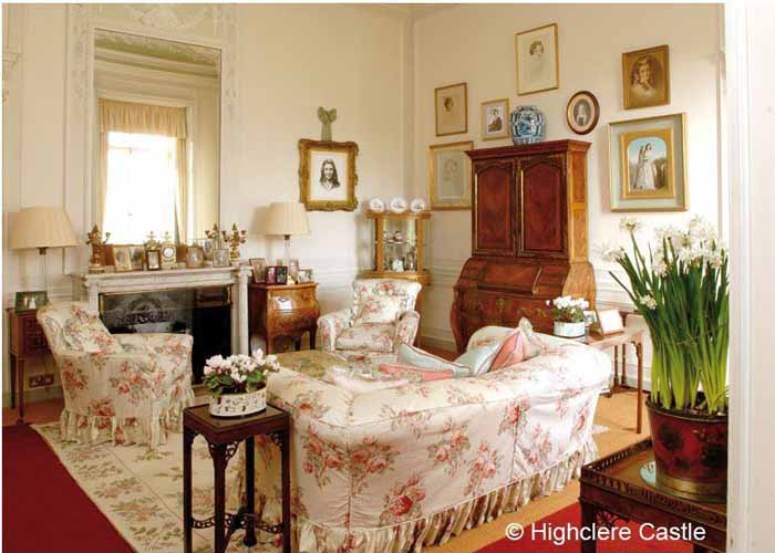 Animal Print Wallpaper For Bedrooms Tour Highclere Castle Home Of Downton Abbey