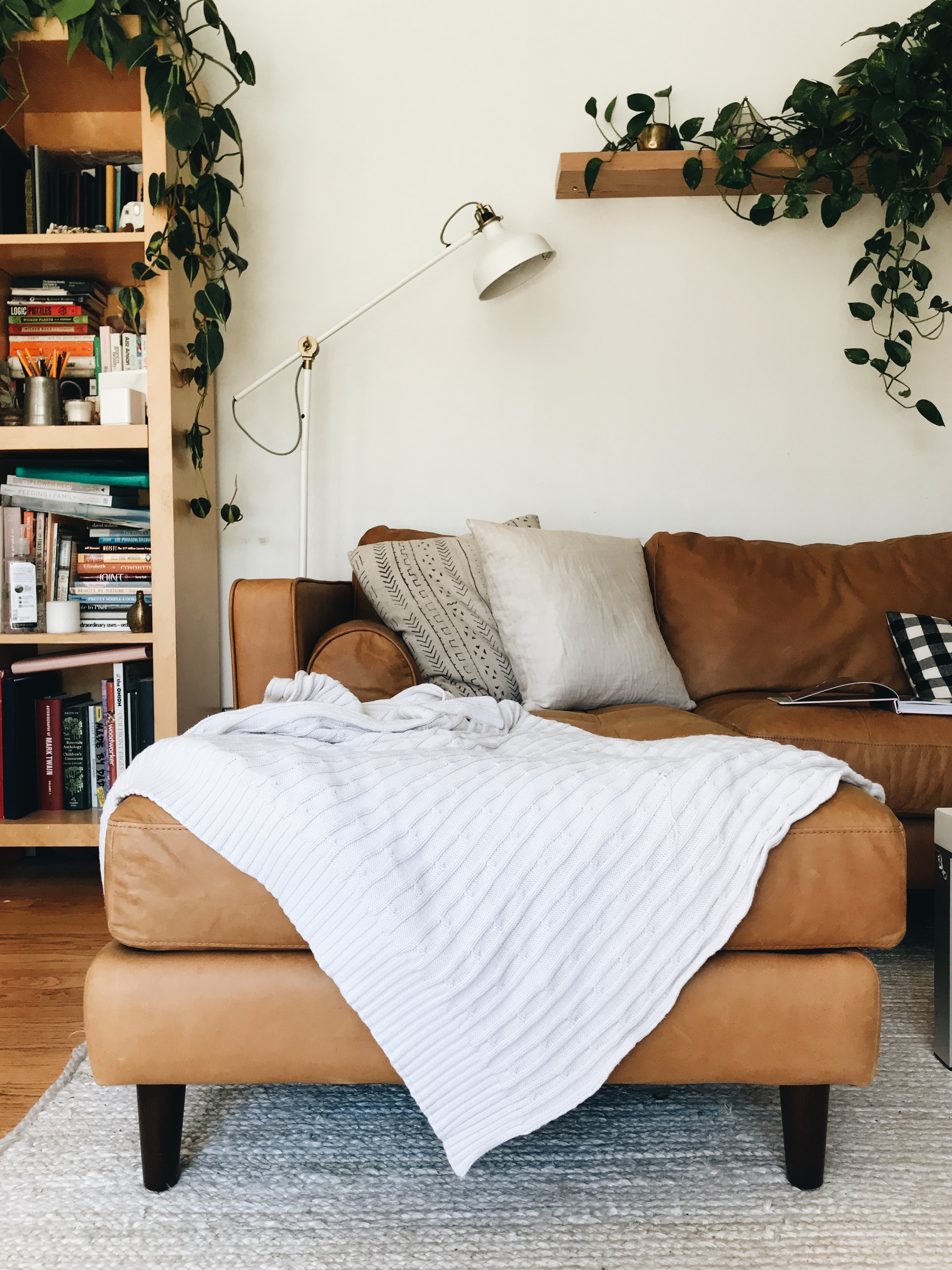 Sofas And Stuff Reviews Article Sofas Win At Living Rooms And Life And Everything Bev Cooks