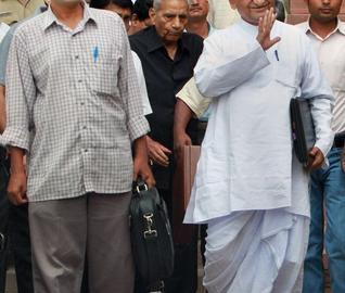 Civil society activists (from left) Arvind Kejriwal, Shanti Bhushan and Anna Hazare (File photo: The Hindu/PTI)