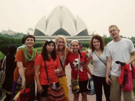 US Journalism Students Visit India, Have 'Enriching Experiences' in Indian Villages