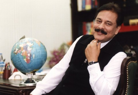 Subrata Roy Sahara: The Financial Godman Supported by the Indian Cricket Team