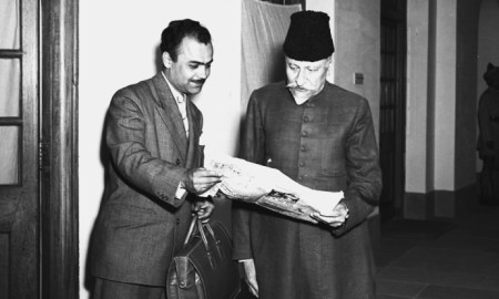 P.Studio/Mar.54,A10z/A22mMr. Dunder Arcayurek, special correspondent of Yeni Istanbul, photographed with Maulana Abul Kalam Azad, Minister for Education, Government of India, when he called on the Education Minister at Parliament House in New Delhi, on March 16, 1954.