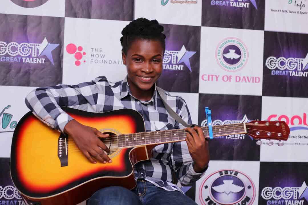 Pamela Scott Guitarist