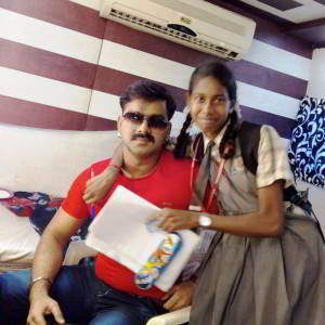 pawansingh-with-a-fan