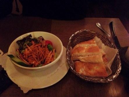 Salat mit Pitabrot