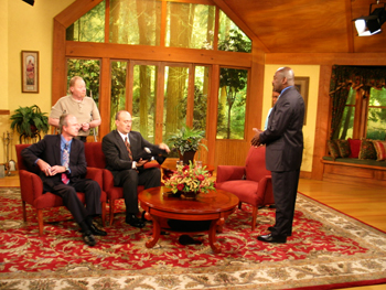 3ABN1020small20set20shot.jpg
