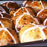 Hot Cross Buns, Kiwi Style: Hot Cross Buns with Chocolate Chips