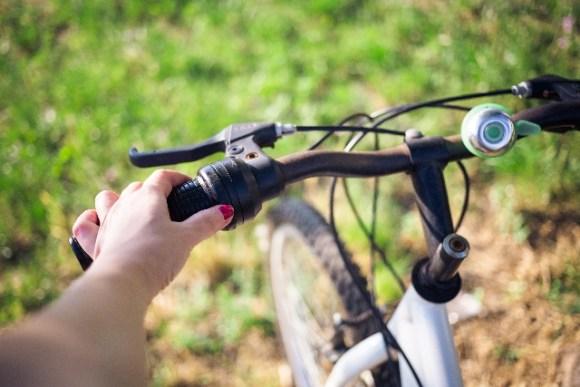 ロードバイクのレバー角度調整の必要性!!