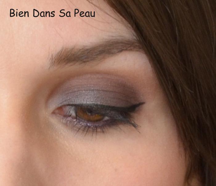 Maquillage rose pâle, prune, violet.