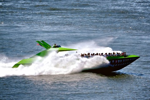 """This is so thrilling, even for people used to normal boats – and you will become wet for sure! A speedboat ride with """"The Beast"""" is something special and really not expensive. Additionally you will get really close to the Statue of Liberty. We had our 5 year old boys […]"""