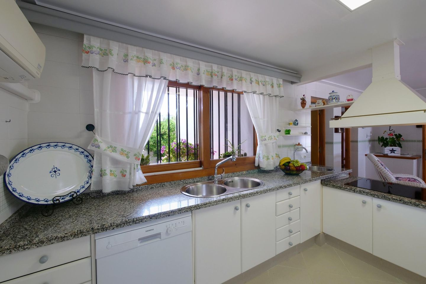 Cash Pool Leipzig Villa Garrido In Felanitx Mallorca Southeast For 8 Persons To Rent