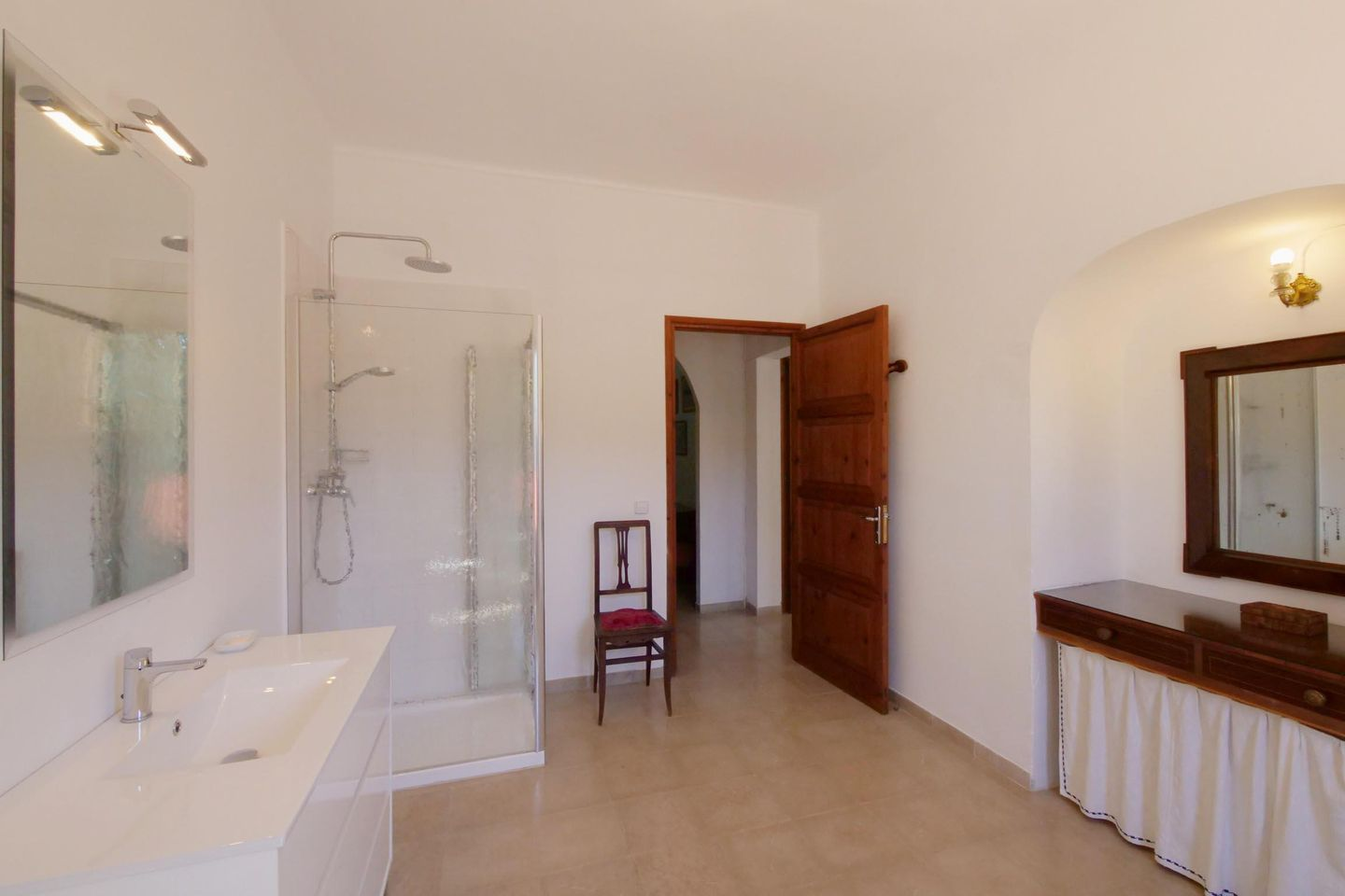 Badezimmer Set Sale Villa Orient In Orient Mallorca Northwest For 12 Persons To Rent