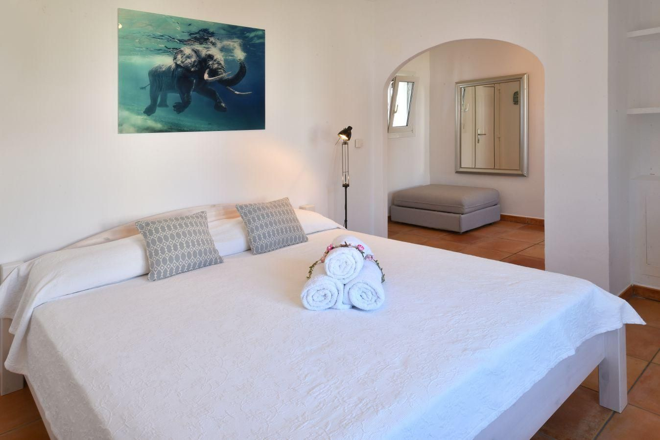Schlafzimmer Set Palma Villa Goleta 6 In Cala D Or Mallorca Southeast For 6 Persons To Rent