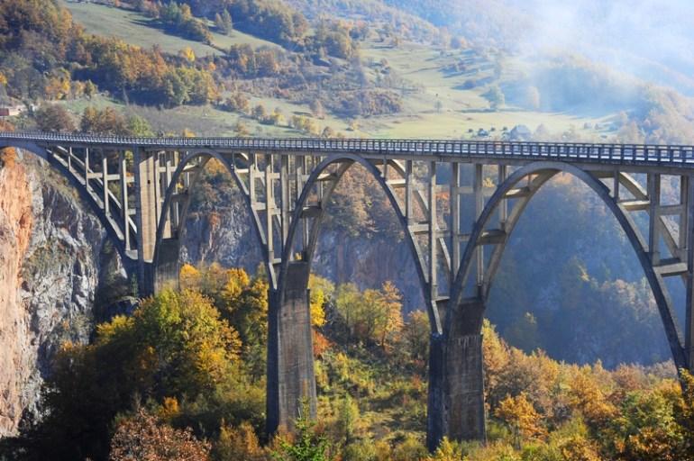 Bridge over big data skills gap