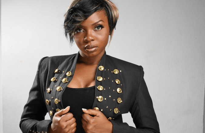 Musician Yemi Alade in love with rapper Phyno, would love to date him