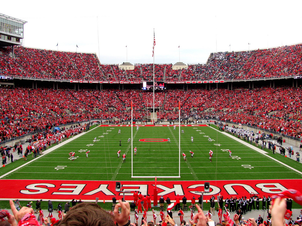 Ohio State Football Hd Wallpaper Ohio State Football Wallpaper Big Ten Football Online