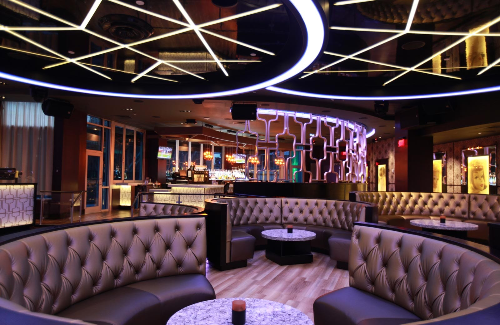 Design Lounge Buiten Bubble Hotel Restaurant And Nightclub Design By Big Time