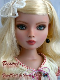 Ellowyne Desiree 10