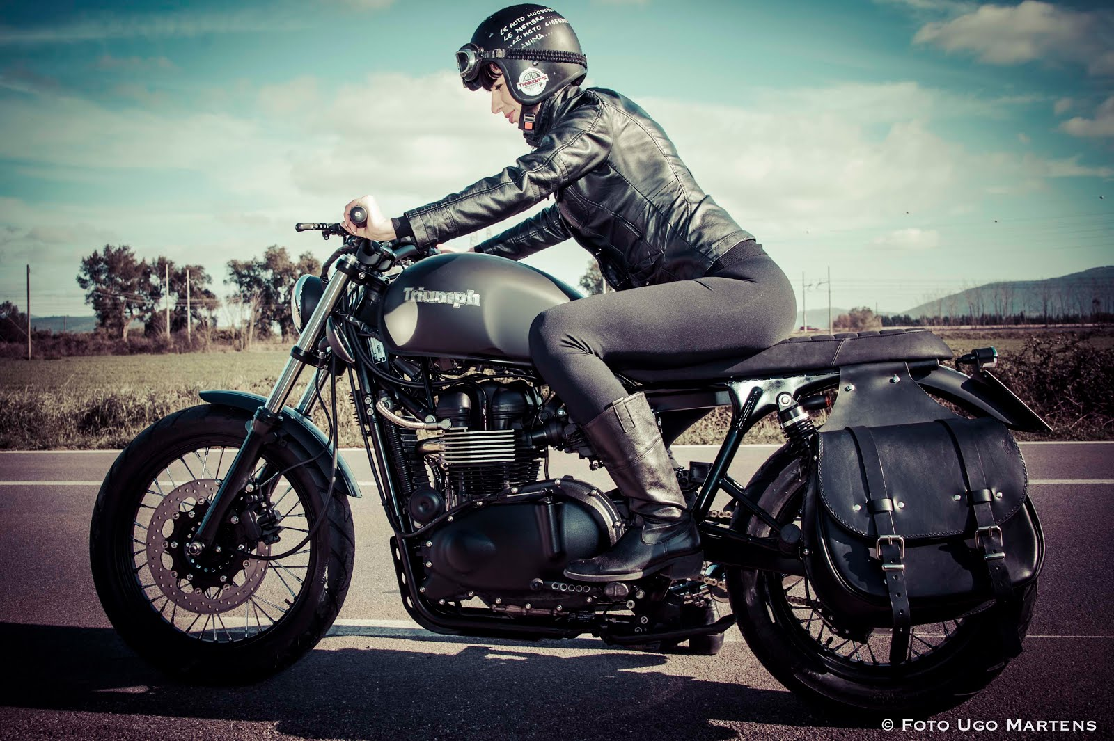 Tattoo Anime Girl Wallpaper Triumph Bonneville Girl Bikebrewers Com