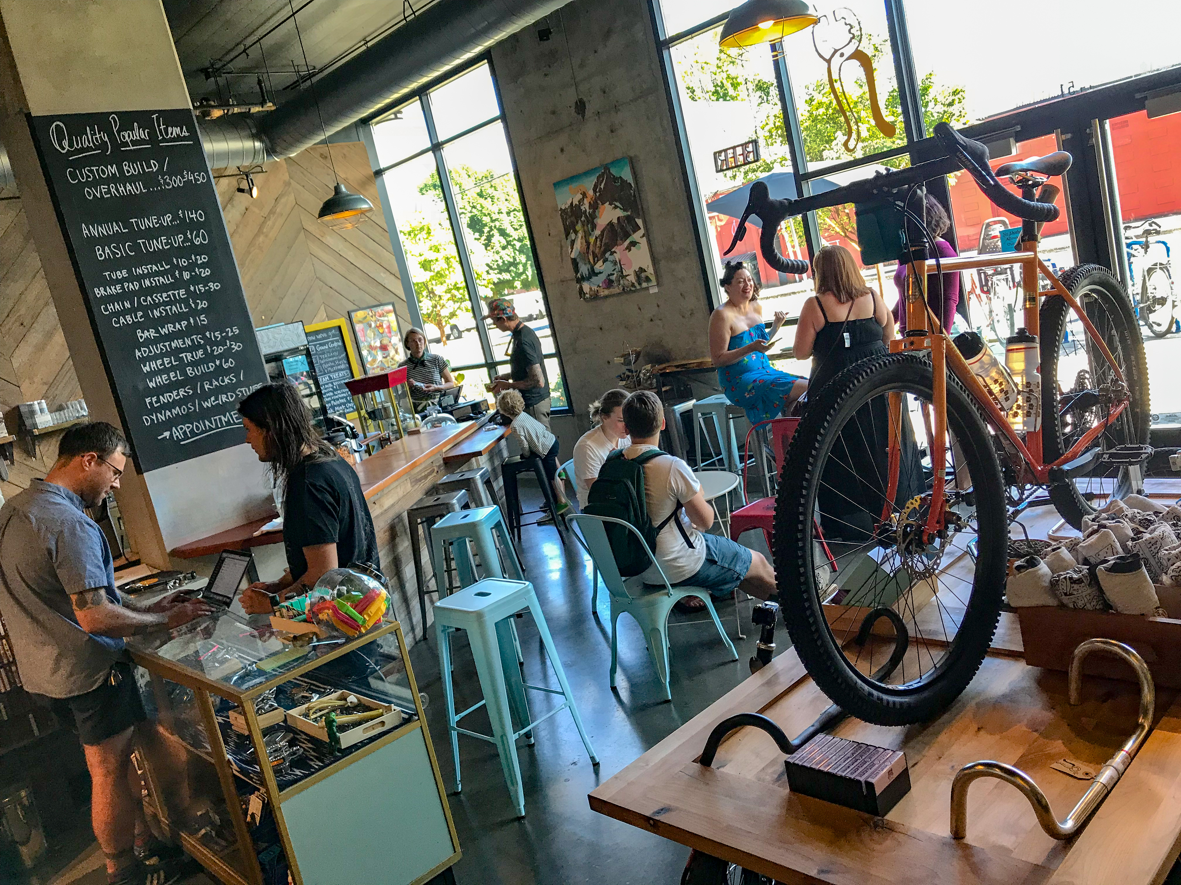 A Bike Store Golden Pliers A Bike Shop And Cafe Opens On North Skidmore At