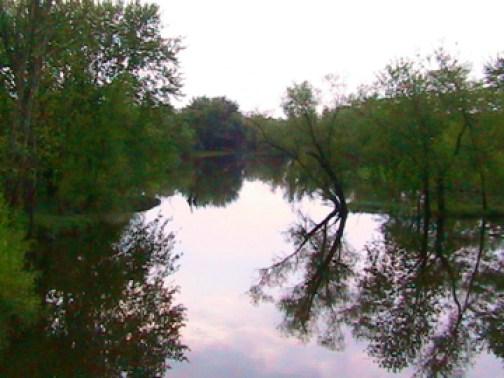 Des Moines - Cedar_River