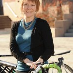 Women's Clothing for Biking that Doesn't Look Like It's for Biking: What to Wear, What to Wear