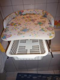 Baby Badewannenaufsatz mit Krbchen in Frankfurt