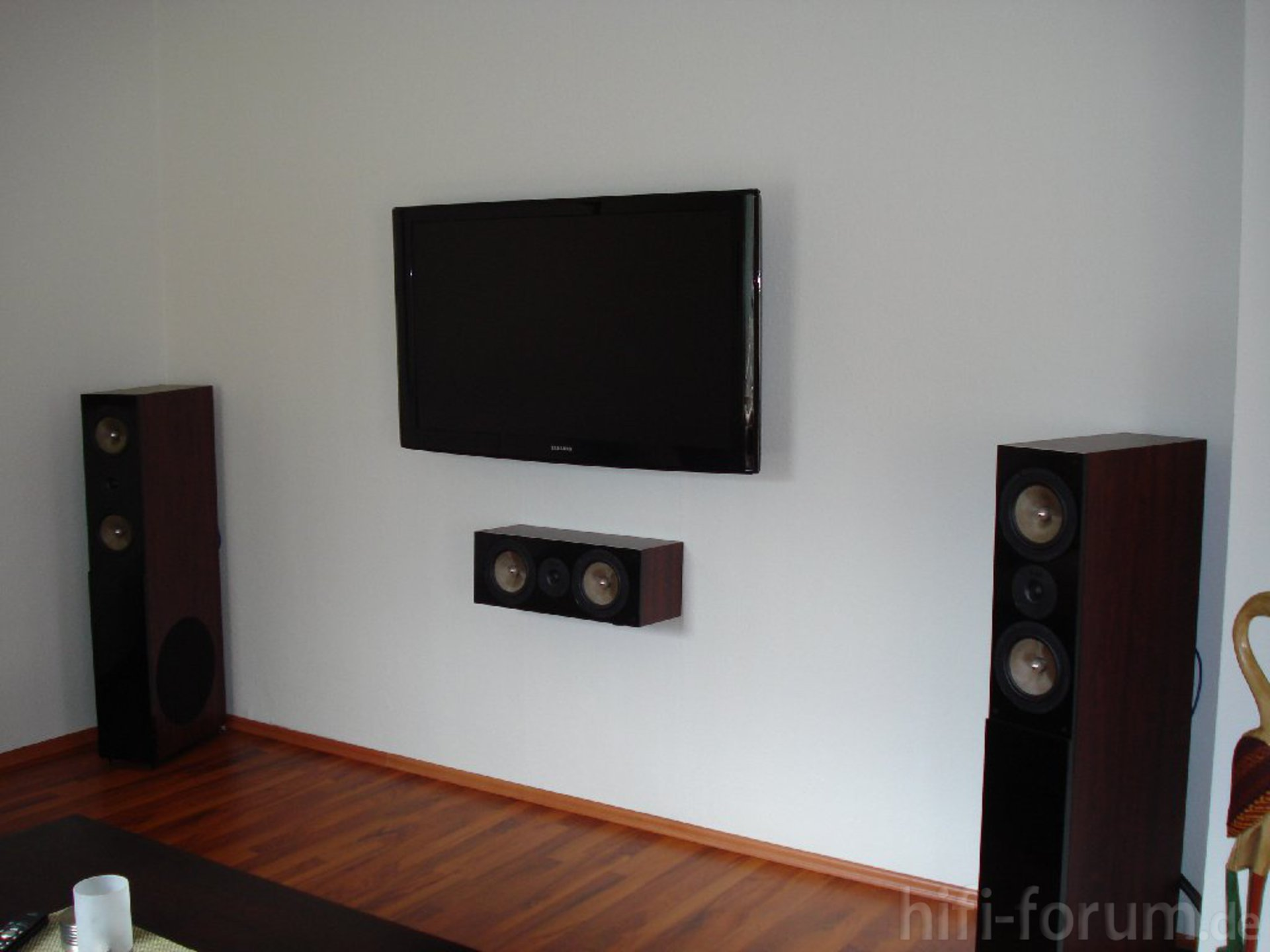 Tv An Die Wand Die Tv Wand | Heimkino, Surround, Wand | Hifi-forum.de ...