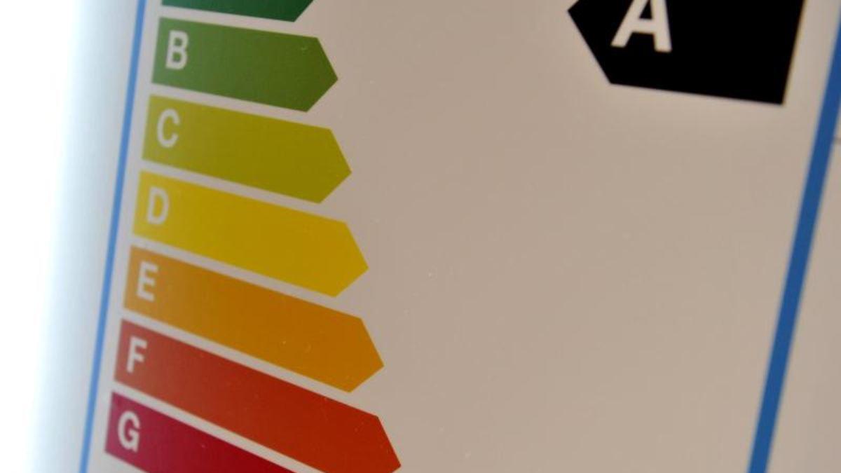 Bosch Kühlschrank Roter Knopf : Kühlschrank klasse n aeg rkb64024dx santo edelstahl bei