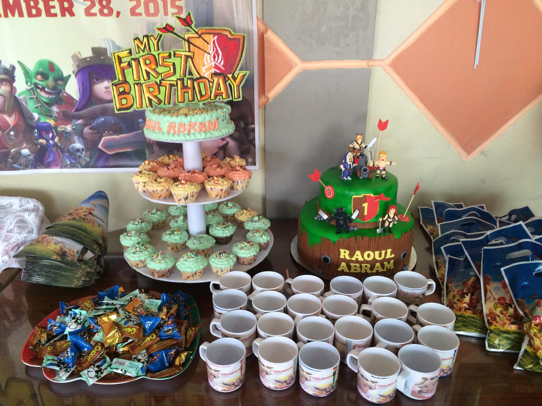 Fullsize Of Clash Of The Cupcakes