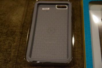 iPhone_6S_Plus_OtterBox_Zagg_DSC_1632