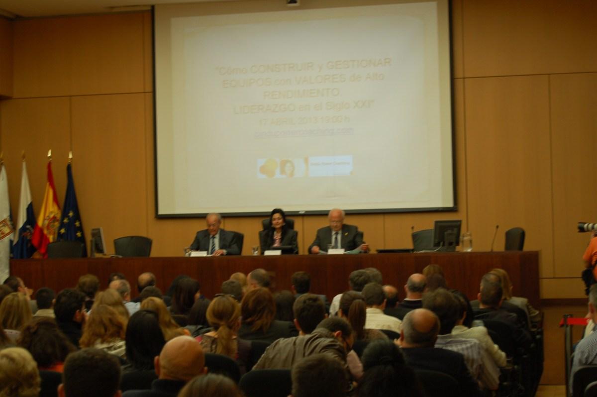 Conferencia Liderazgo y Equipos