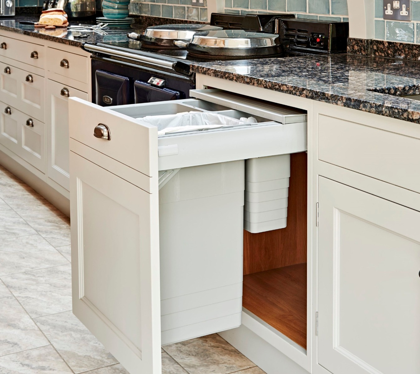 Kitchen Tidy Bins Ensure You Buy The Right In Cupboard Bin By Using Our Buying Guide