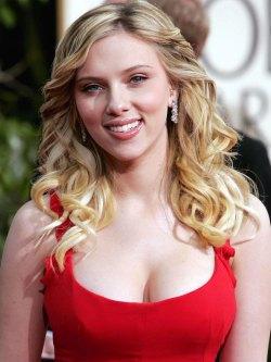 Foto media di Scarlett Johansson