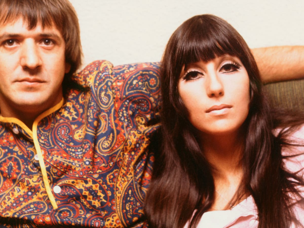 How Sonny And Cher Went From Tv S Power Couple To Bitter Exes Biography