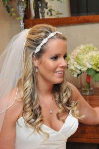 30 Sexy Half Up Half Down Wedding Hairstyles | CreativeFan