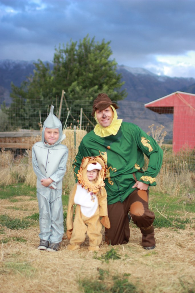 boys-of-wizard-of-oz-costumes