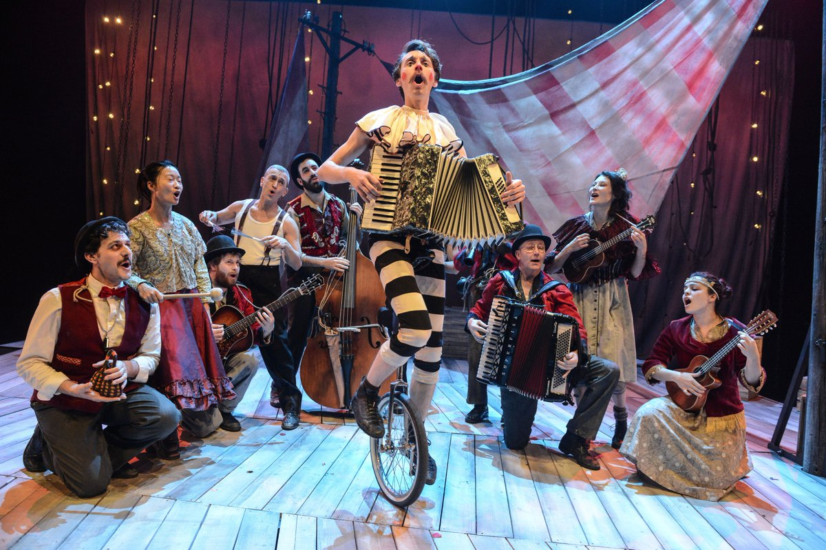 BREVIEW: La Strada @ REP 08.05.17 / Robert Day