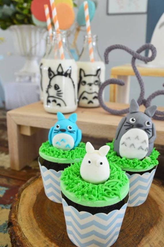 Colorful-Totoro-Birthday-Party-Candied-Desserts