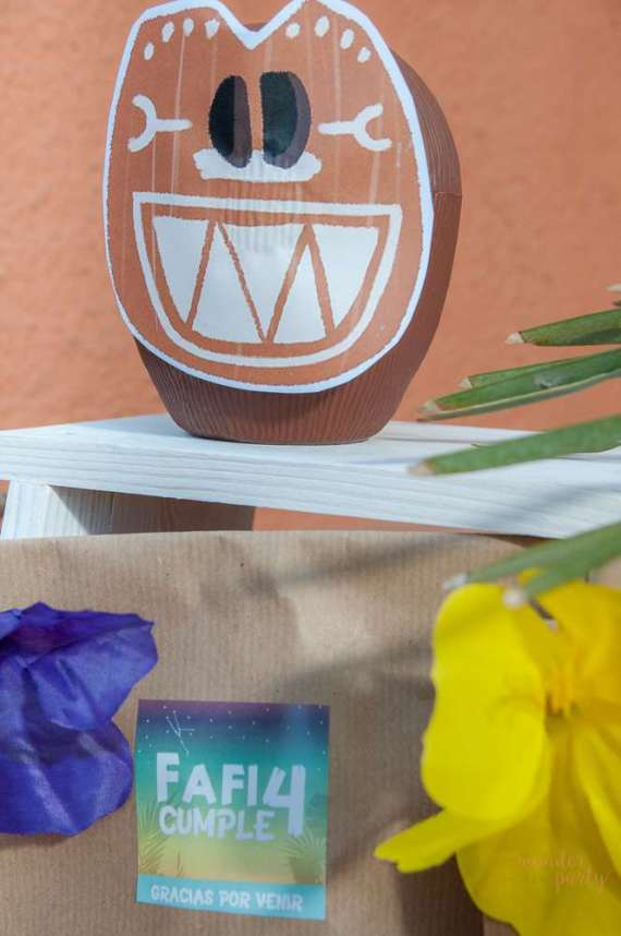 Moana-Tropical-Birthday-Party-Coconut-Character