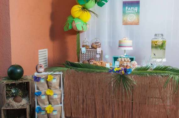 Moana-Tropical-Birthday-Party-Food